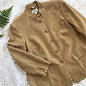 Beautiful classic blazer. Soft! Warm! EUC!